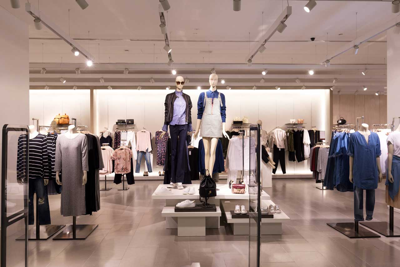 Improve Customer Footfall with a Clean Store